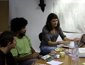 Jeunes français à la recherche du travail au Maroc