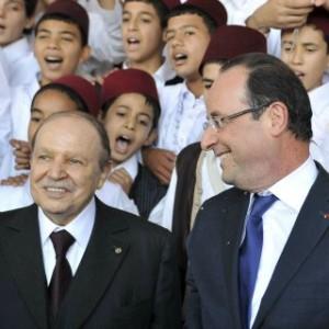 François Hollande et Boutaflika ce matin à Alger