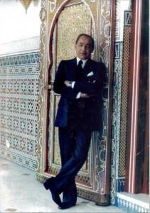 """Feu Hassan II pour qui """"En politique, rien n'est fortuit"""", la modernité devrait être dosée."""