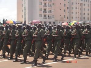 De fait, l'armée malienne n'existe plus que sur le papier depuis deux décennies.