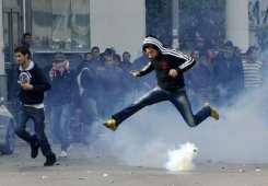 Violentes Manifestation à Tunis et dans d'autres villes du pays