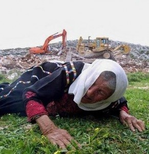Regardes ce que font les sionistes de nos femmes