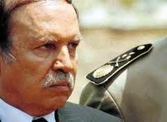 Bouteflika avec les généraux de l'armée