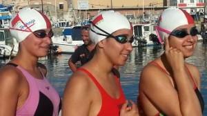 les 3 soeurs El Bekri ayant traversé le détroit à la nage